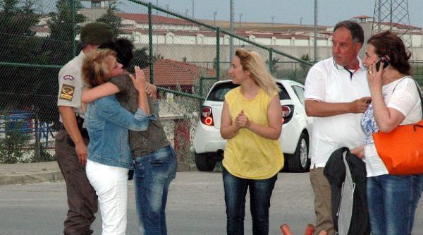 Fotoğralar//silivri Cezaevi'nde Tahliye Sevinci