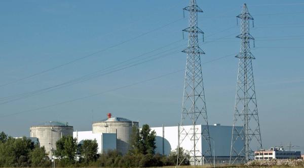 Fransa'da Nükleer Santral İşgal Eden 4'ü Türk 55 Çevreci Yargılanacak