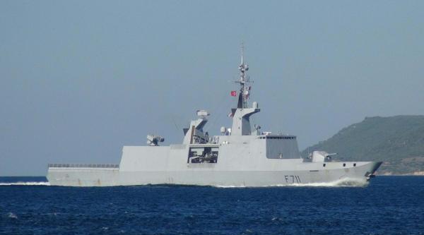 Fransız Savaş Gemisi Karadeniz Yolunda