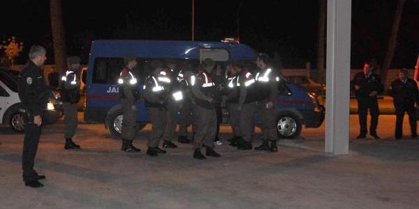 Fuhuş Operasyonu Şüphelileri Adliyede (Fotoğraflar)