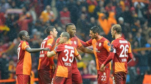 Galatasaray - Akhisar Belediyespor Maçının Fotoğrafları (ek)