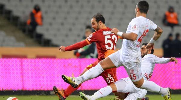 Galatasaray - Balikesirspor Maçinin Ikinci Yari Fotoğraflari