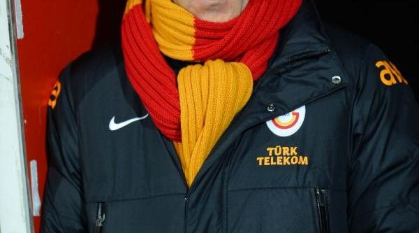 Galatasaray - Balikesirspor Maçinin Ilk Yari Fotoğraflari