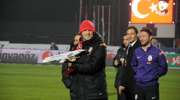 Galatasaray - Celtic Soyunma Odalari