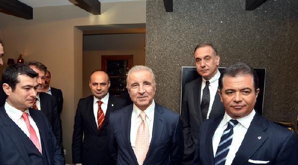 Galatasaray Kulübü'nde Finansal Yapılandırma Sözleşmesi İmzalandi