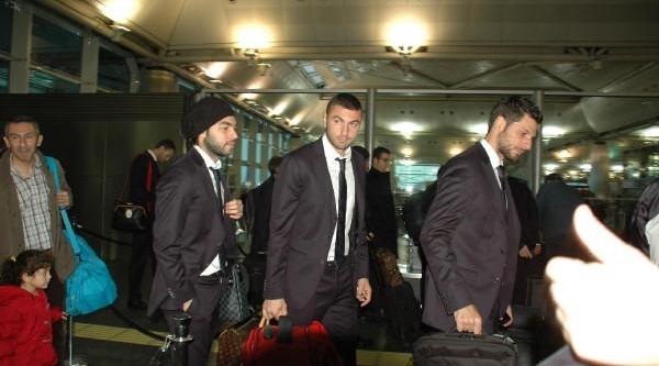 Galatasaray Madrid'e Gitti