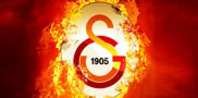 Galatasaray, Oumar Niasse'ye imzayı attırdı