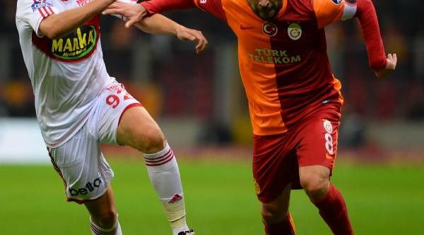 Galatasaray - Sivasspor Maçinin Ikinci Yari Fotoğraflari