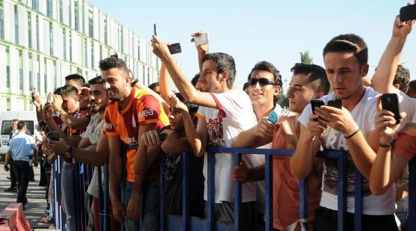 Galatasaray Tam Kadro Geldi