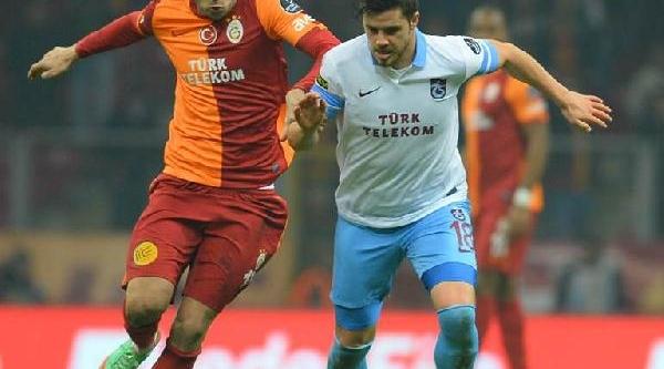 Galatasaray-Trabzonspor Maçinin Ek Fotoğraflari