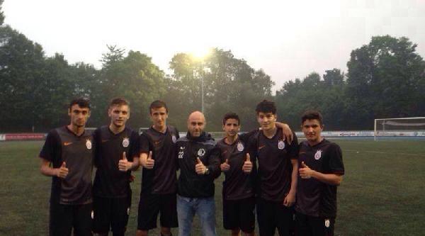 Galatasaray U19 Takımı Devlerle Kapışacak