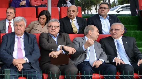 Galatasaray'da Şok İstifa