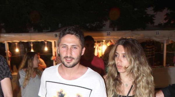 Galatasaraylı Sabri Eşine Hediye Aldı