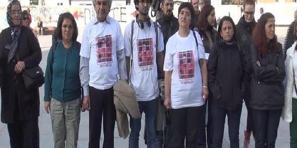 Gazetecilerden Adliye Önünde