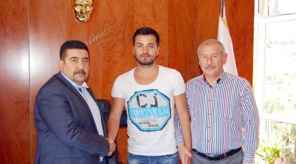 Gaziantep Büyükşehir Ahmet Devret'in Sözleşmesini 3 Yıl Uzattı