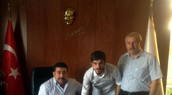 Gaziantep Büyükşehir Serdar'la İmzaladi
