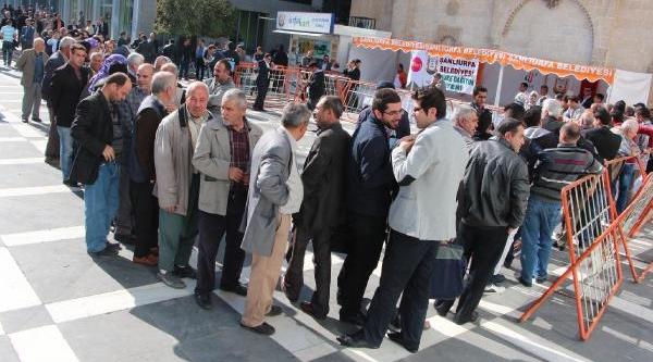 Gaziantep Ve Şanliurfa'da Binlerce Kişiye Aşure Dağitildi