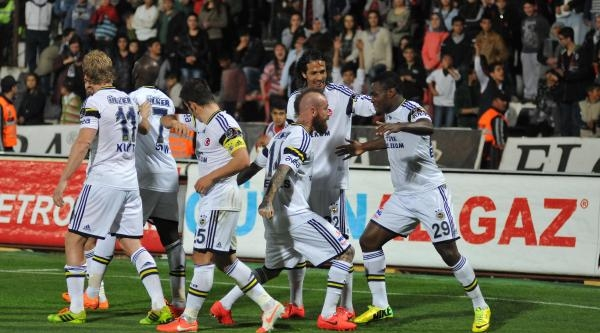Gaziantepspor - Fenerbahçe Maçı Fotoğrafları (4)