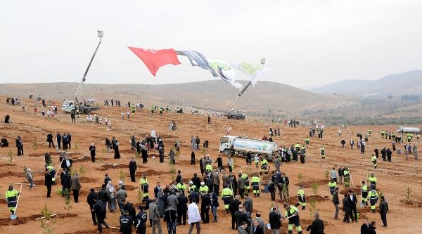 Gaziantep'te 10 Bin Fidan Toprakla Buluştu