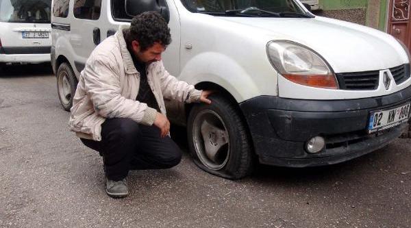 Gaziantep'te 13 Aracin Lastikleri Kesildi