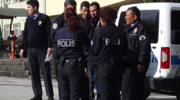 Gaziantep'te 2 Kadin Ilaç Içerek Intihara Kalkişti