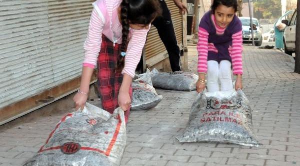 Gaziantep'Te 400 Suriyeli Aileye Kömür Dağitildi