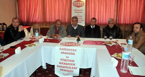 Gaziantep'te Asansörcülerden 'tse Belgesi' Tepkisi