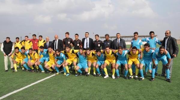 Gaziantep'te Çadir Kentler Arasi Futbol Turnuvasi Başladi