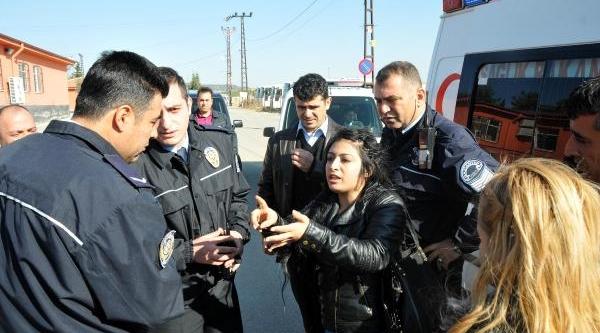 Gaziantep'te Cezaevi Önünde Kavga: 2 Yarali