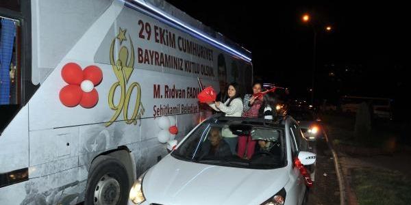 Gaziantep'te Cumhuriyet Konvoyu