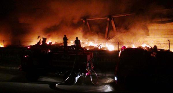 Gaziantep'te Fabrika Yangını (3)