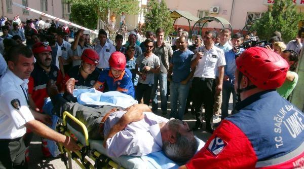 Gaziantep'te Hastanede Yangın Ve Tahliye Tatbikatı