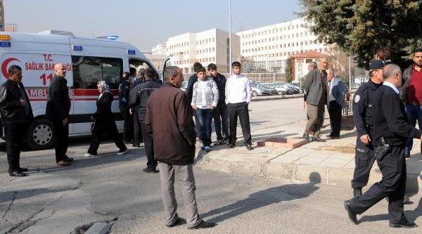 Gaziantep'te Iki Öğrenci Grubu Arasinda Kavga: 2 Yarali