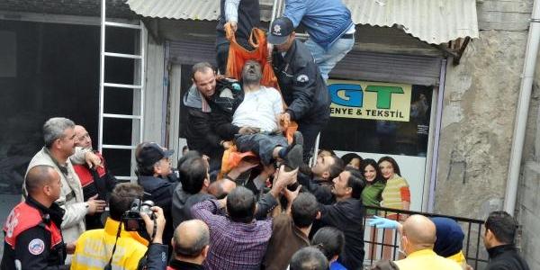 Gaziantep'te Iş Merkezinde Yangin (4)
