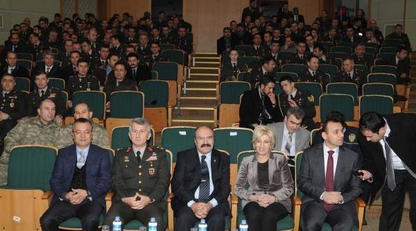 Gaziantep'te 'olaylar Faili Meçhul Kalmasin Semineri'