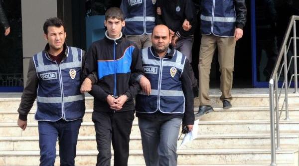 Gaziantep'te Otomobil Hirsizliği Iddiasina 2 Gözalti