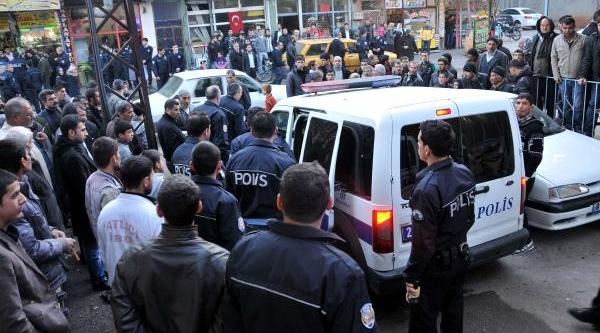 Gaziantep'te Park Etme Kavgasi: 10 Gözalti