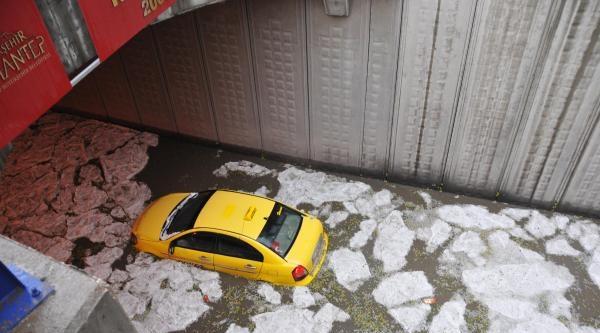 Gaziantepte Şiddetli Yağış: Sele Kapılan Kadın Öldü (2)