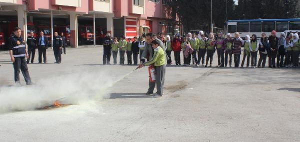 Gaziantep'te Suriyeli Çocuklara Yangın Eğitimi
