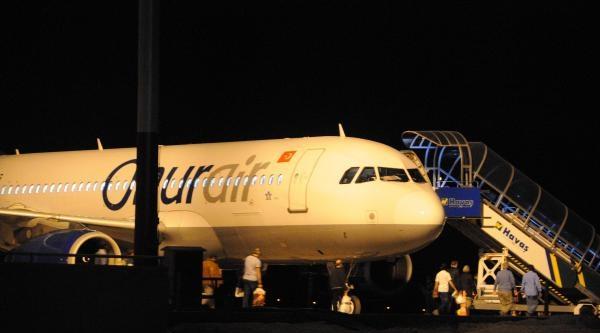 Gaziantep'te Uçakta Bomba Paniği