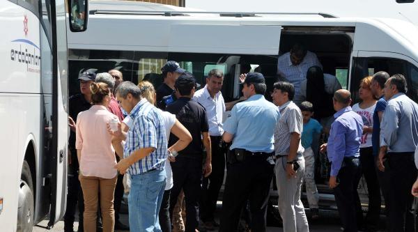 Gaziantep'te Yaşam Koşulu Kötü Olan Suriyeliler Tahliye Ediliyor (2) - Yeniden