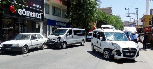Gaziantep'te Zincirleme Kaza: 4 Yaralı
