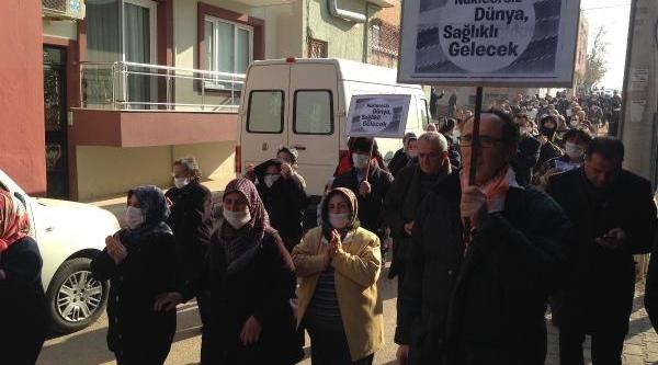 Gaziemir'de Maskeli Nükleer Atik Protestosu