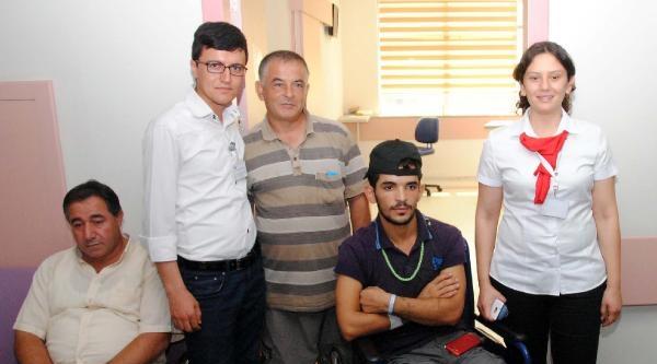 Gazze Dramı: Yardıma Gitti, Bacağı Koptu