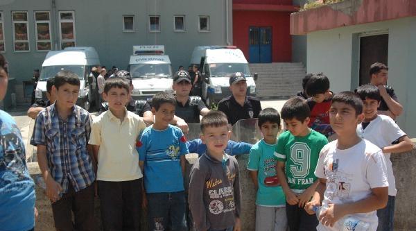 Gebze'de Bir İlkokula Suriyleli Öğrencilerin Getirileceği Haberi Velileri Öfkelendirdi