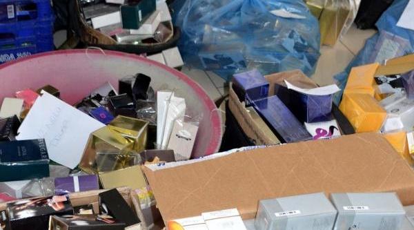 Gelibolu'da Kaçak Parfüm Operasyonu: 10 Gözalti