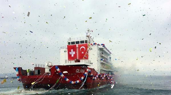 Gelibolu'da Yapılan Otel Gemi Denize İndirildi