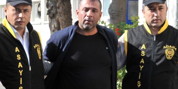 Gelin Otomobilinden Altin Takilari Çalan Hirsiz Yakalandi