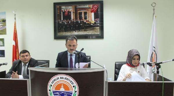 Gemlik Belediye Meclisi'nde 'beddualı Oturum'