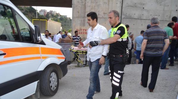 Gemlik'te Trafik Kazası: 3 Yaralı